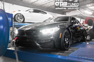BMW M4 on Mustang AWD 4WD Dyno Dynamometer